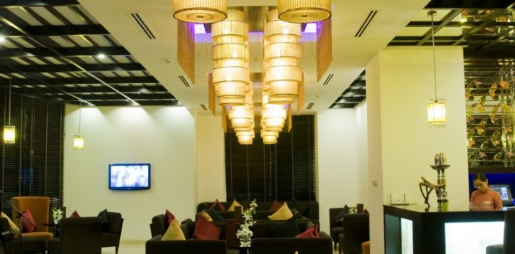 25-lobby-lounge-2