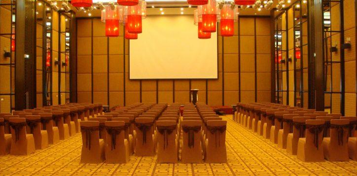 32-yen-tu-ballroom-theatre-2