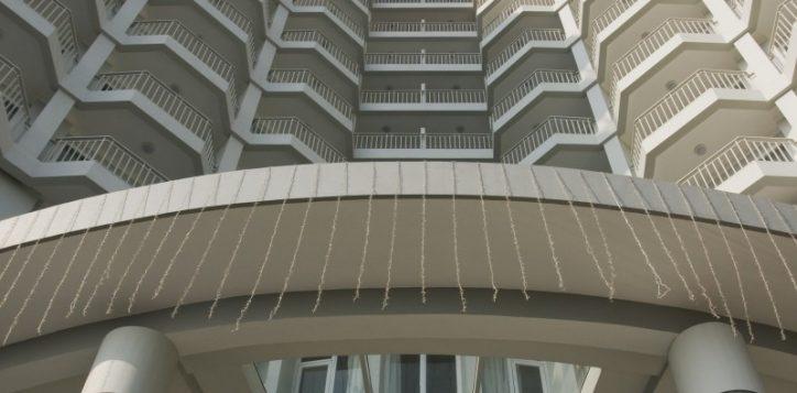 4-hotel-exterior-2