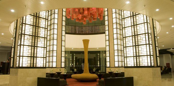 7-hotel-lobby-2