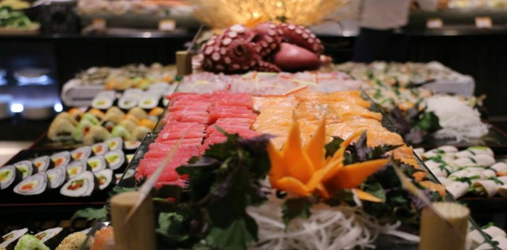 home-section-background-seafood-buffet-2