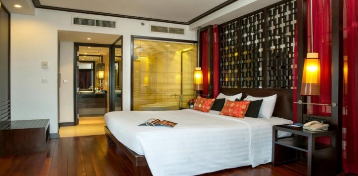 room_suite-section-rooms-executive-bay-view-room-2-2