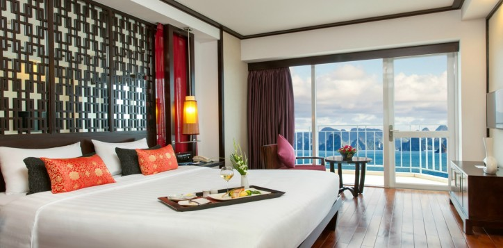 rooms_suites-rooms-superior-bay-view