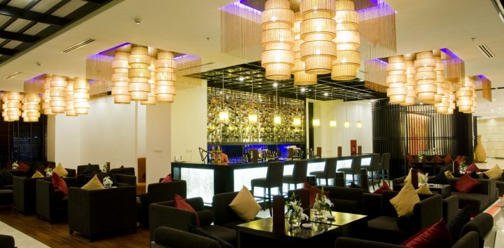 24-lobby-lounge-2