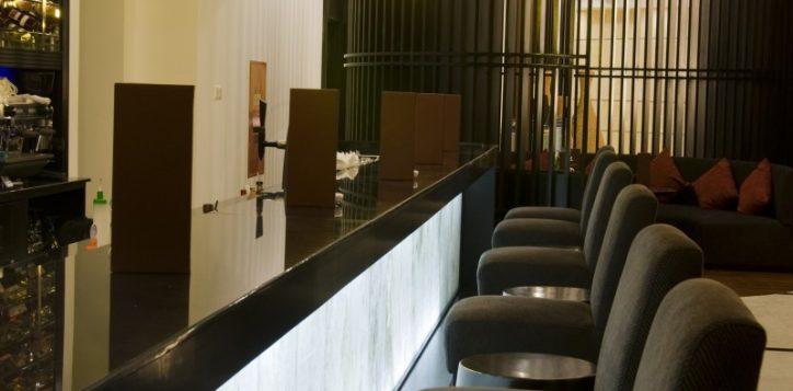 26-lobby-lounge-2