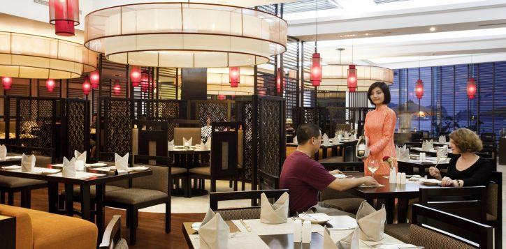 the-square-restaurant-2
